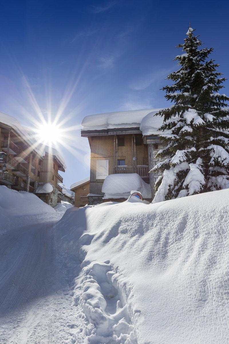 Chalets du jardin Alpin - Val D'isere entrée chalet 1 et de la réception